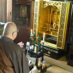 仏壇整理処分やお墓を改葬する時の、供養をしてもらうお坊さんの探し方